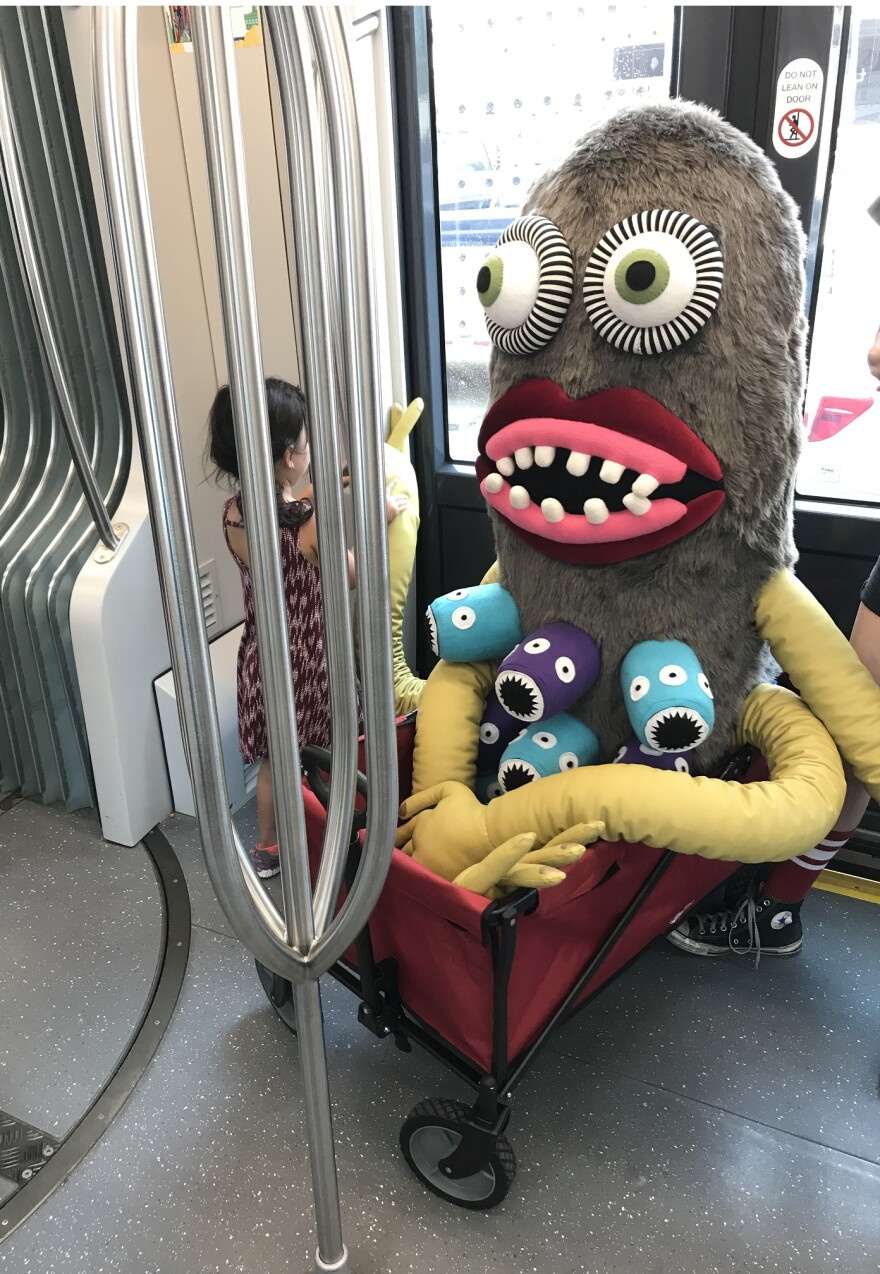 061518_lh_art_in_the_loop_the_stranger_on_streetcar_libby_hanssen.jpg