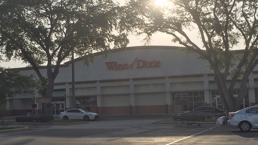 WinnDixie1_cl_052820.JPG
