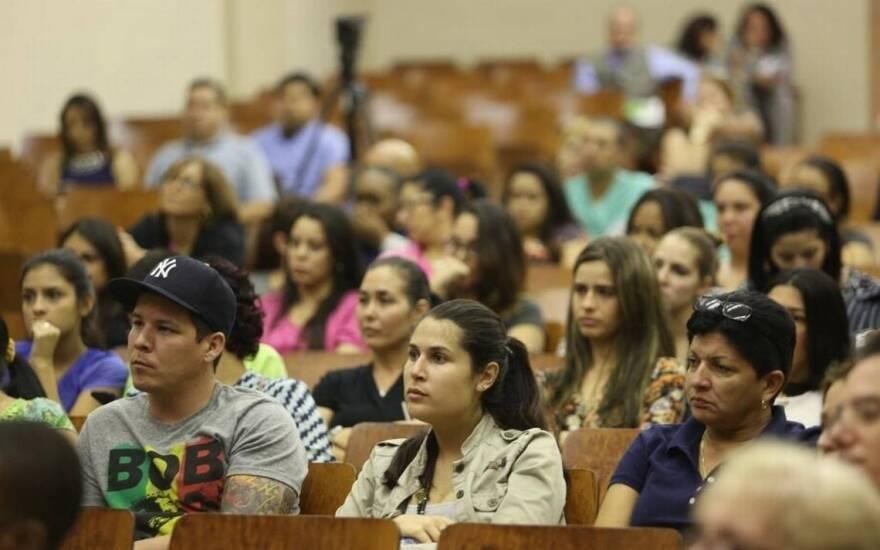 florida_college_students_.jpeg