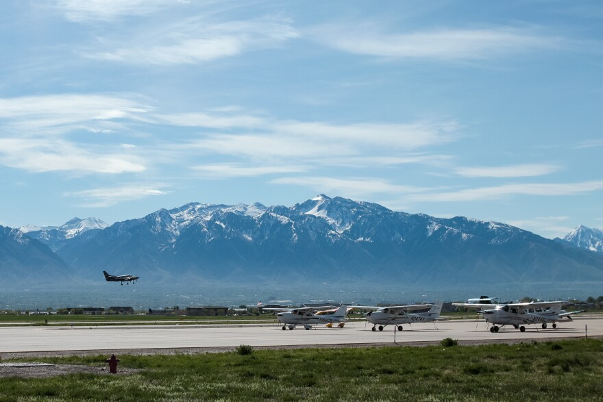 South_Valley_Airport-004.jpg