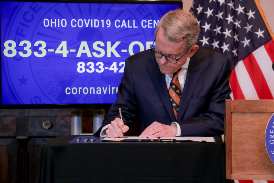 Gov. Mike DeWine signs executive order