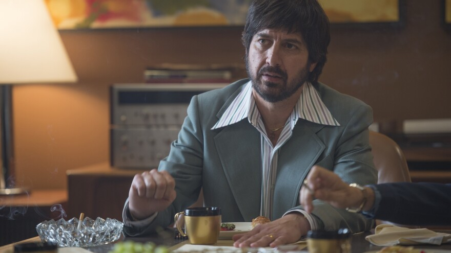 Ray Romano plays Zak Yankovich, a record company's head of promotions, in HBO's <em>Vinyl</em>.