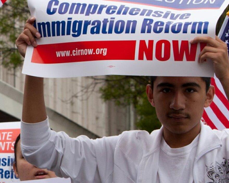 Fronteras_130206_comprehensive_immigration_reform.jpg