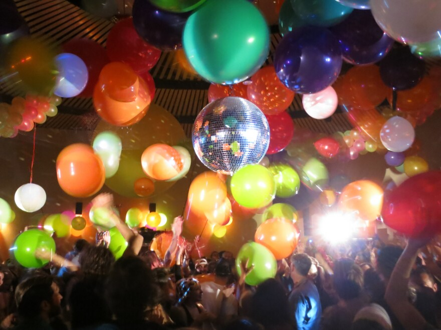 The Loft host David Mancuso famously dropped balloons from the ceiling during his dance parties.