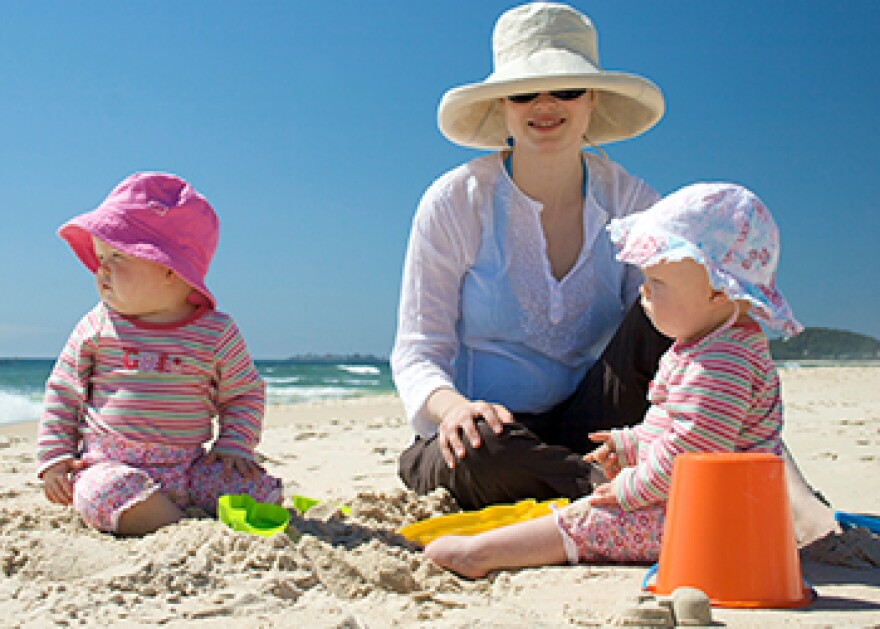 sun-safety-families-350.jpg