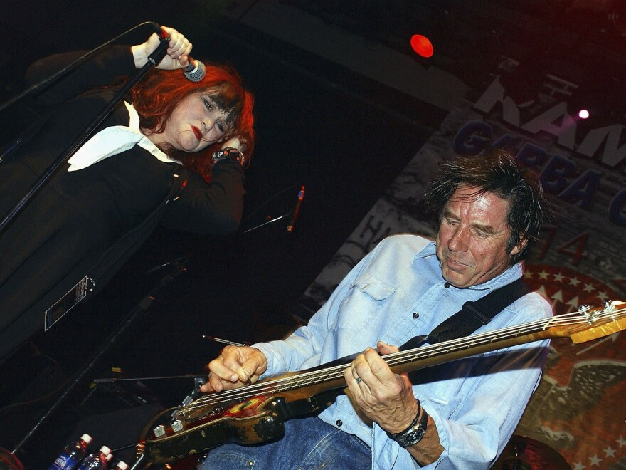 "Exene Cervenka and John Doe perform in Hollywood in September 2004. ""The first person I ever saw jump into the audience was me,"" Cervenka tells<em> Fresh Air.</em>"