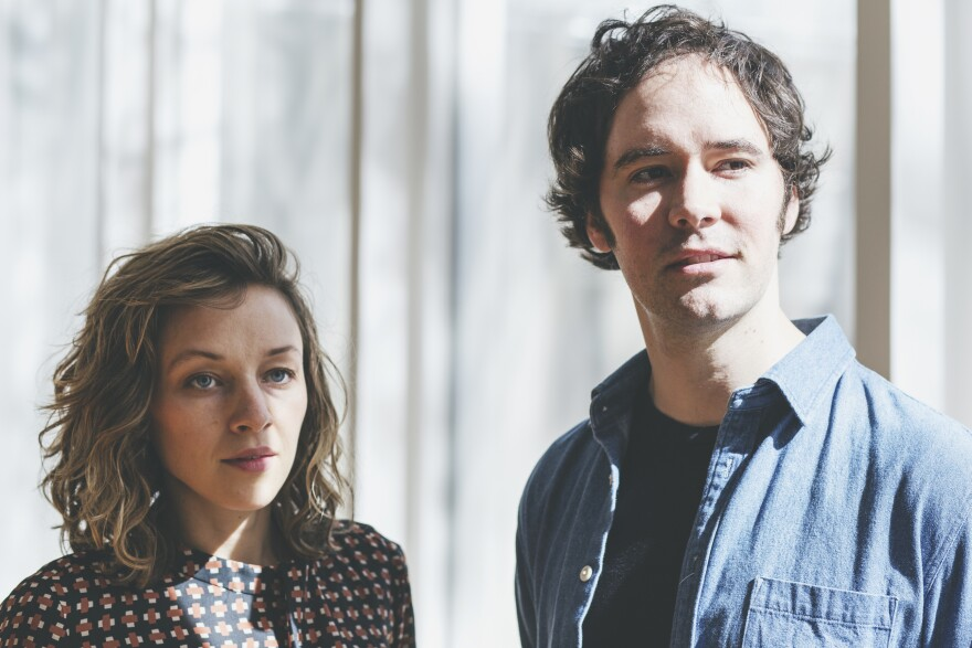 mandolin_orange_-_photo_-_feb_and_march_19_dates_-_lower_res.jpg