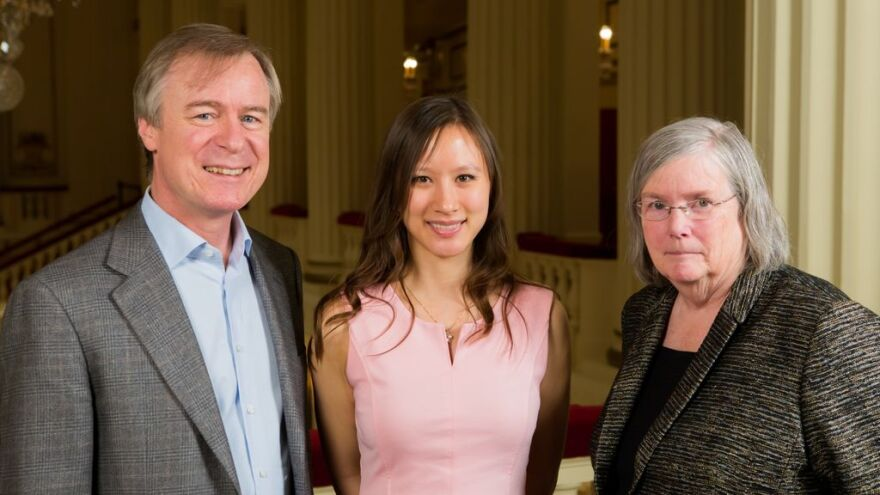 photo of David Robertson, Stephanie Berg and Jeanne Sinquefield