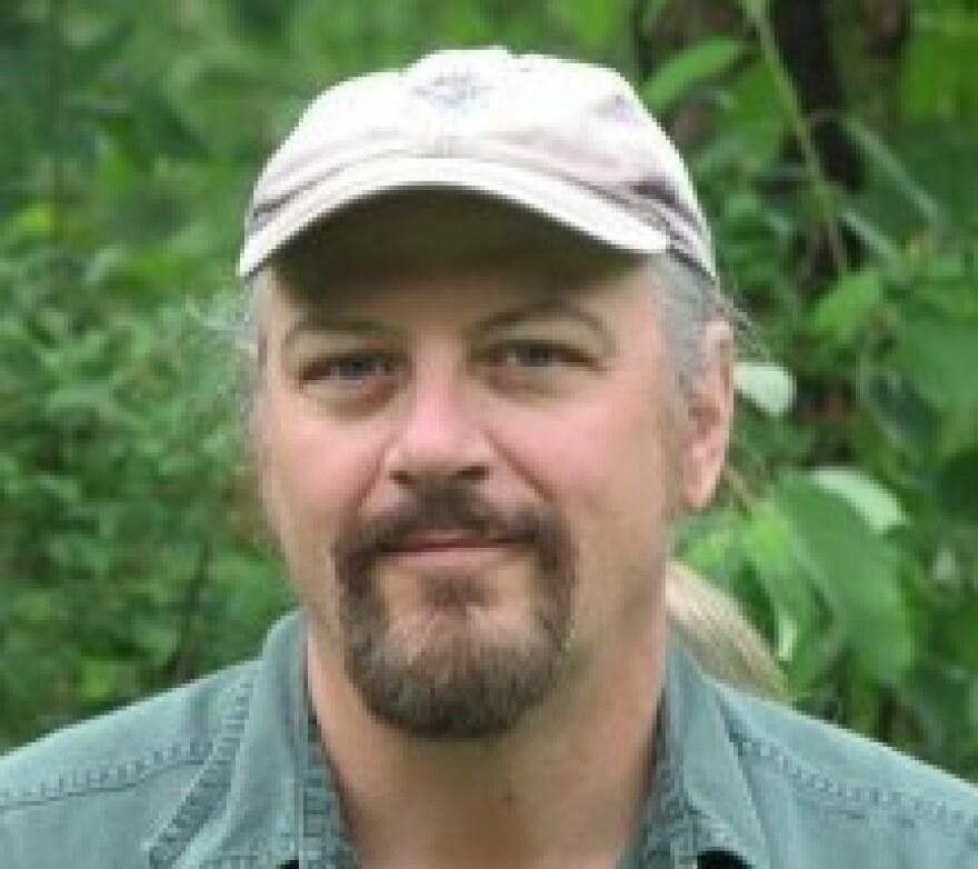 <p>Glenn Stout is the author of the <em>Good Sports</em> juvenile series.</p>