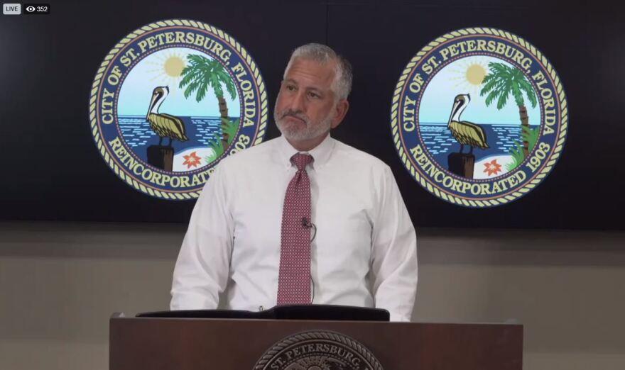 Rick Kriseman speaking from the podium