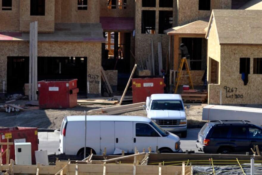 INEWS104-home-construction.jpg
