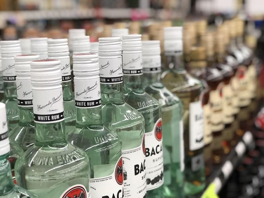 liquor-store-alcohol-liquor.jpg