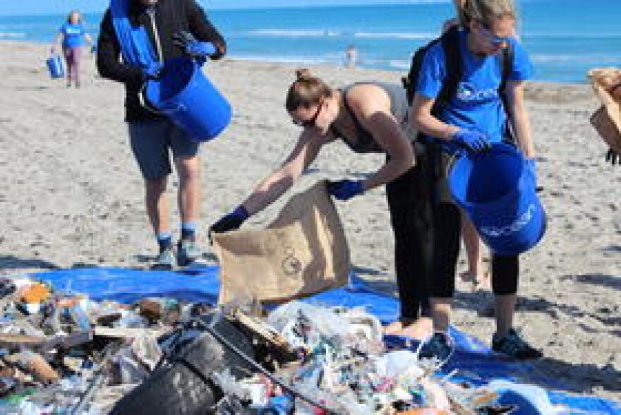 7_4ocean_beach_cleanup_plastic_and_trash.jpg