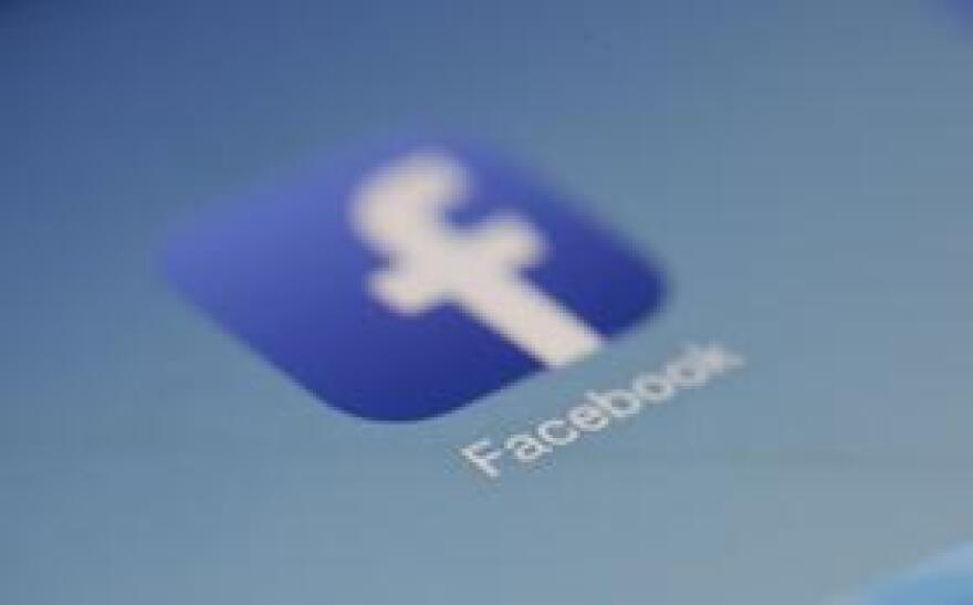 FacebookPexels0806.jpg