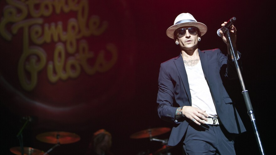 Chester Bennington, a lead singer for Linkin Park and former member of Stone Temple Pilots, performing in Charlotte, N.C., on Sept. 12, 2015.
