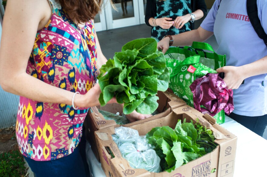 A program called Farm To Work is making it easy and affordable for employees in central Texas to pick up baskets of local produce at the office.