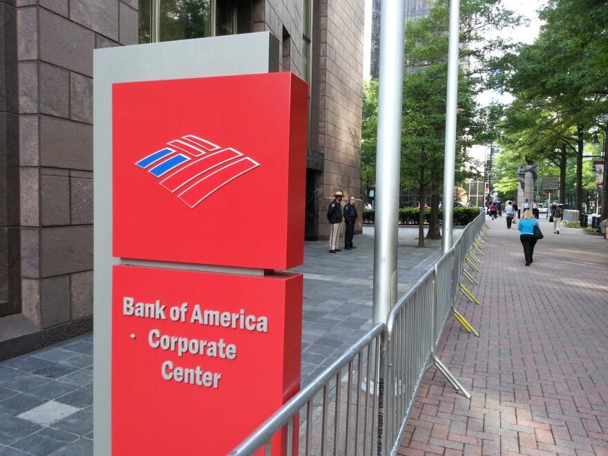 bank_of_america_sign_0.jpg