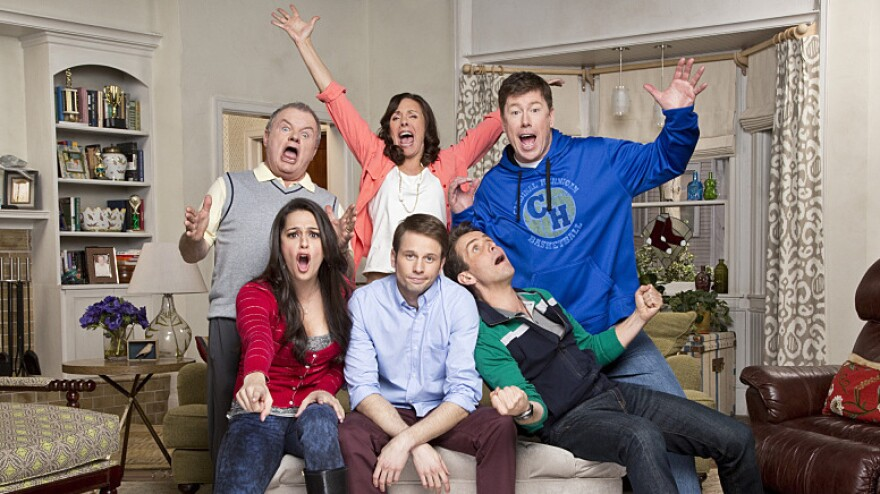 Tyler Ritter (center) stars in CBS's <em>The McCarthys</em> with, clockwise from top left, Jack McGee, Laurie Metcalf, Jimmy Dunn, Joey McIntyre and Kelen Coleman.