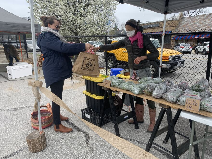 042420_LH_Jackie Palmer of Jackie and the Beanstalk_Brookside Farmers Market.jpg