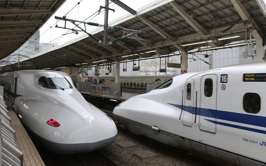 bullet_train_japan.jpg
