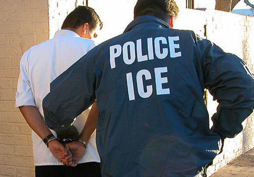 1024px-US_Immigration_and_Customs_Enforcement_arrest.jpg