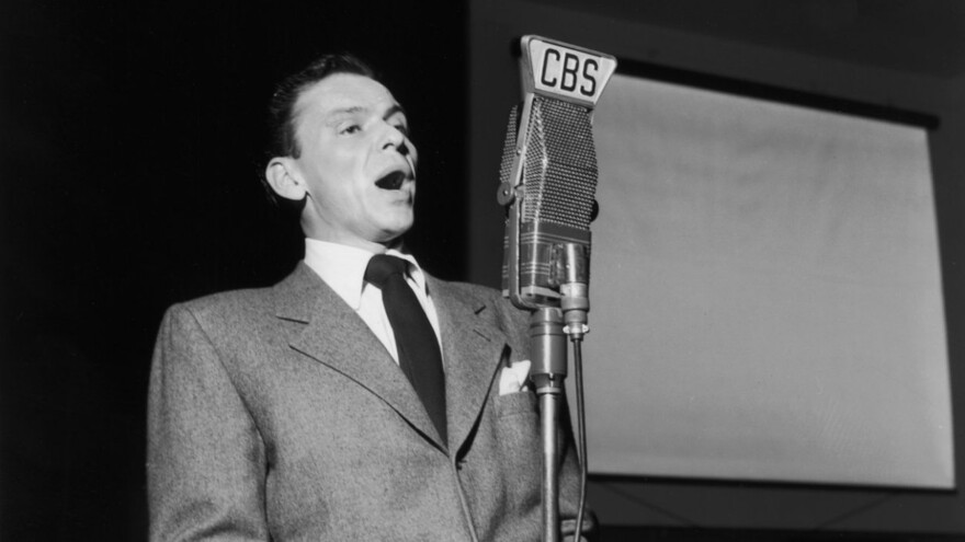 Frank Sinatra in 1947, during a <em>Songs by Sinatra</em> radio broadcast at CBS Radio in New York City.