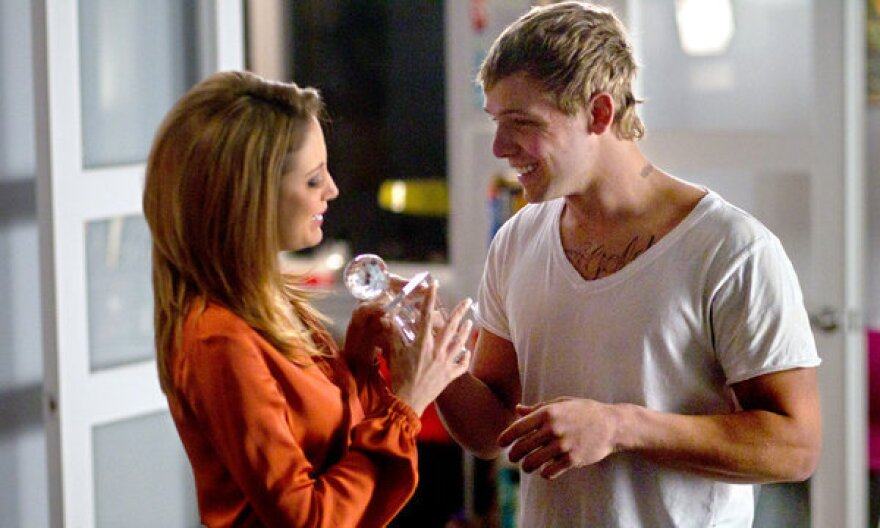 In a loosely connected storyline, the relationship between an investigative journalist (Andrea Riseborough) and a young digital sex worker (Max Thieriot) grows increasingly complicated as the twisted plot of <em>Disconnect</em> unwinds.