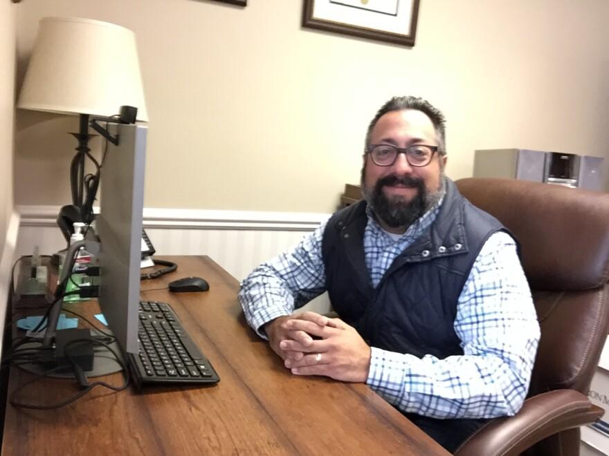 photo of Dr. Noah Miller