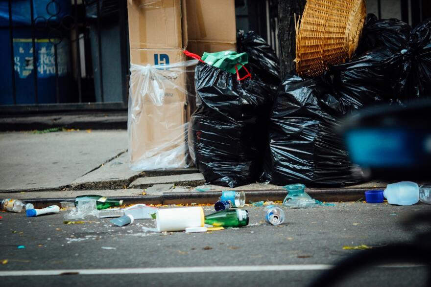 litter trash file unsplash.jpg