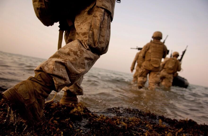 marines_soldier.jpg