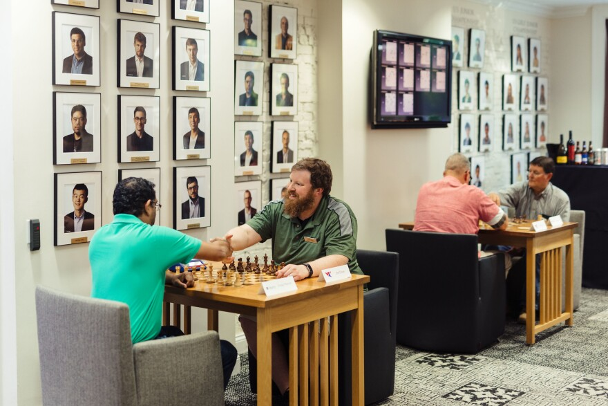 The St. Louis Chess Club hosts meetings of the St. Louis Corporate Chess League.