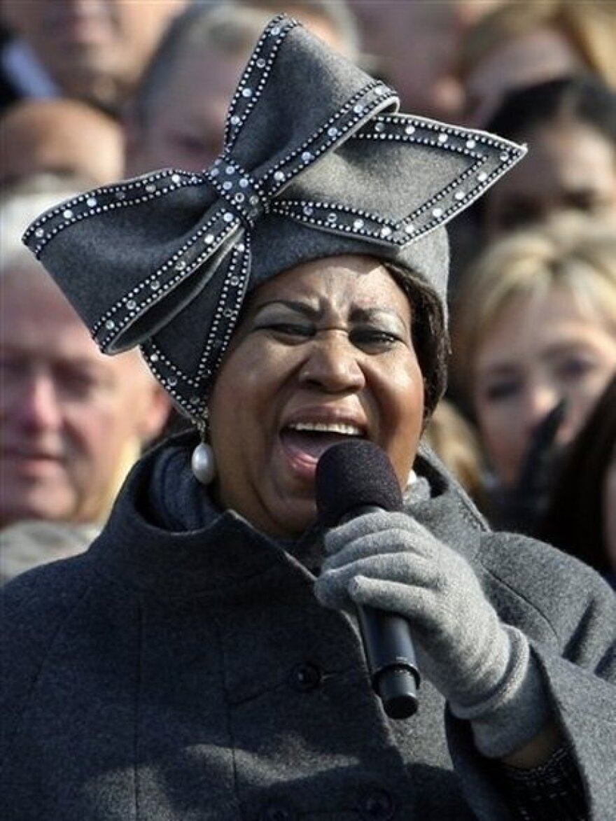 Aretha Franklin at President Obama's 2009 inauguration, sporting one of Luke Song's hats. Song ended up selling 6000 replicas of the hat after the event.