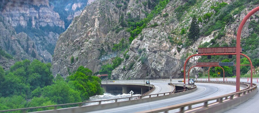 glenwood-hanging-lake-tunnel-carlberger-fcc06302011.jpg