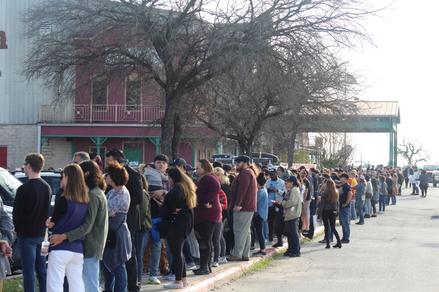 Hundreds line up for Sanders' rally at Cowboys Dancehall in San Antonio on Saturday.
