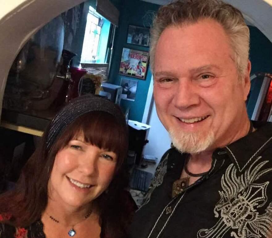Bill_Jones_and_Kathy_Murray_at_home_2.jpg