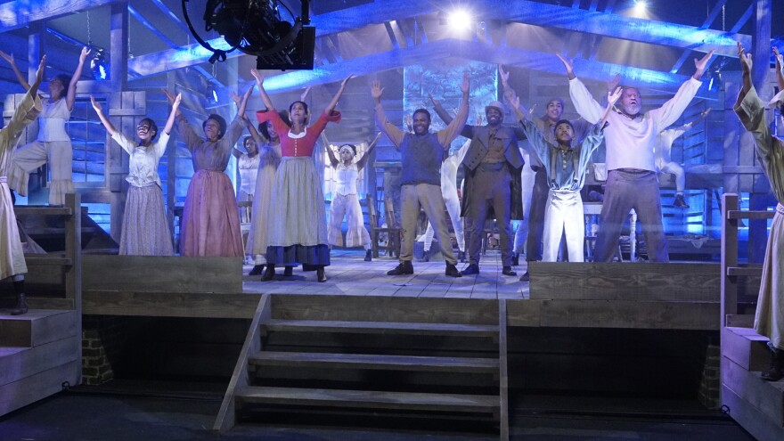 Marsai Martin, Jenifer Lewis, Yara Shahidi, Tracee Ellis Ross, Anthony Anderson, Marcus Scribner, Miles Brown, and Laurence Fishburne perform in the fourth-season premiere of ABC's <em>Black-ish</em>.