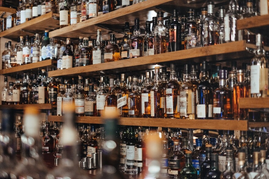 A record number of COVID-19 cases in Florida means no more drinking alcohol in bars for a while.