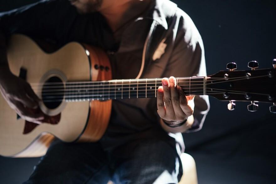 acoustic-1851248_640.jpg
