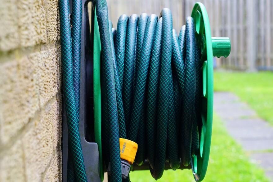 hose-pipe-1536413_960_720_0.jpg