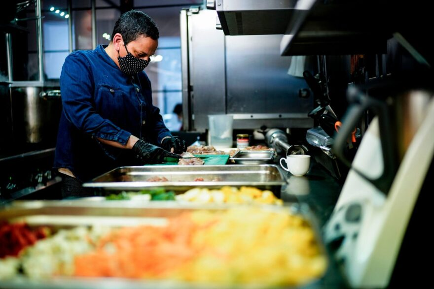 """Chef Isabelle Arpin prepares meals for medical staff in the kitchen of the """"Isabelle Arpin"""" restaurant in Brussels."""