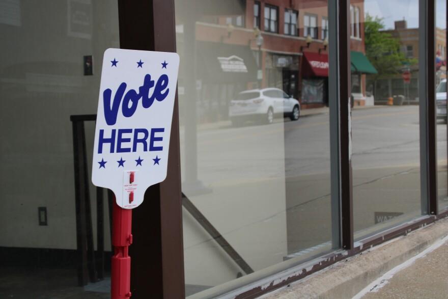 051420_jackson county voting.JPG
