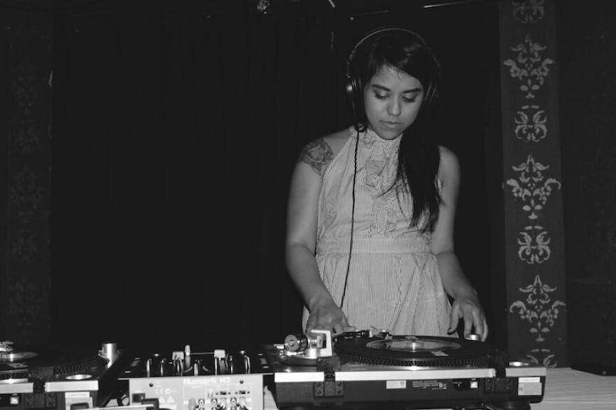 chulita_vinyl_club.jpg