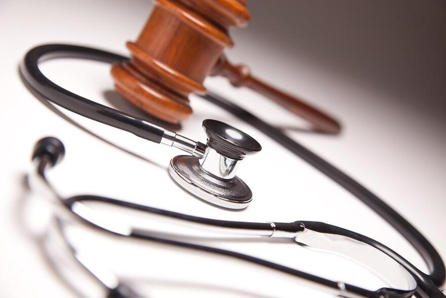 bigstock_Gavel_And_Stethoscope_On_Grada_6830310.jpg