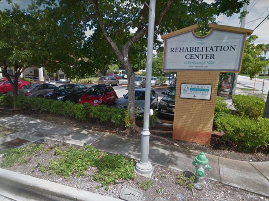 rehabilitation_center_at_hollywood_hills_0__1_.jpg