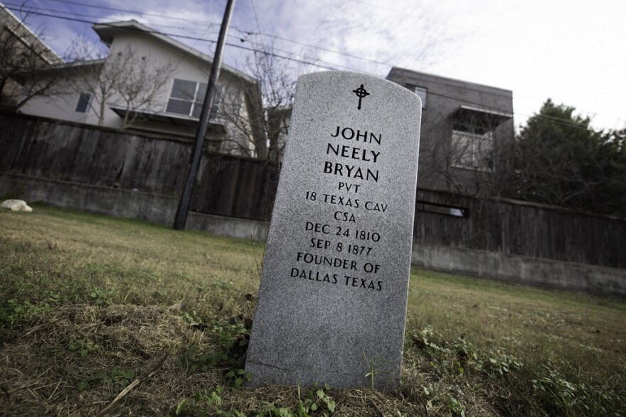 "A gravestone that reads ""John Neely Bryan. PVT, 19 TEXAS CAV, CSA. Dec 24 1810 Sep 8 1877. Founder of Dallas, Texas"""