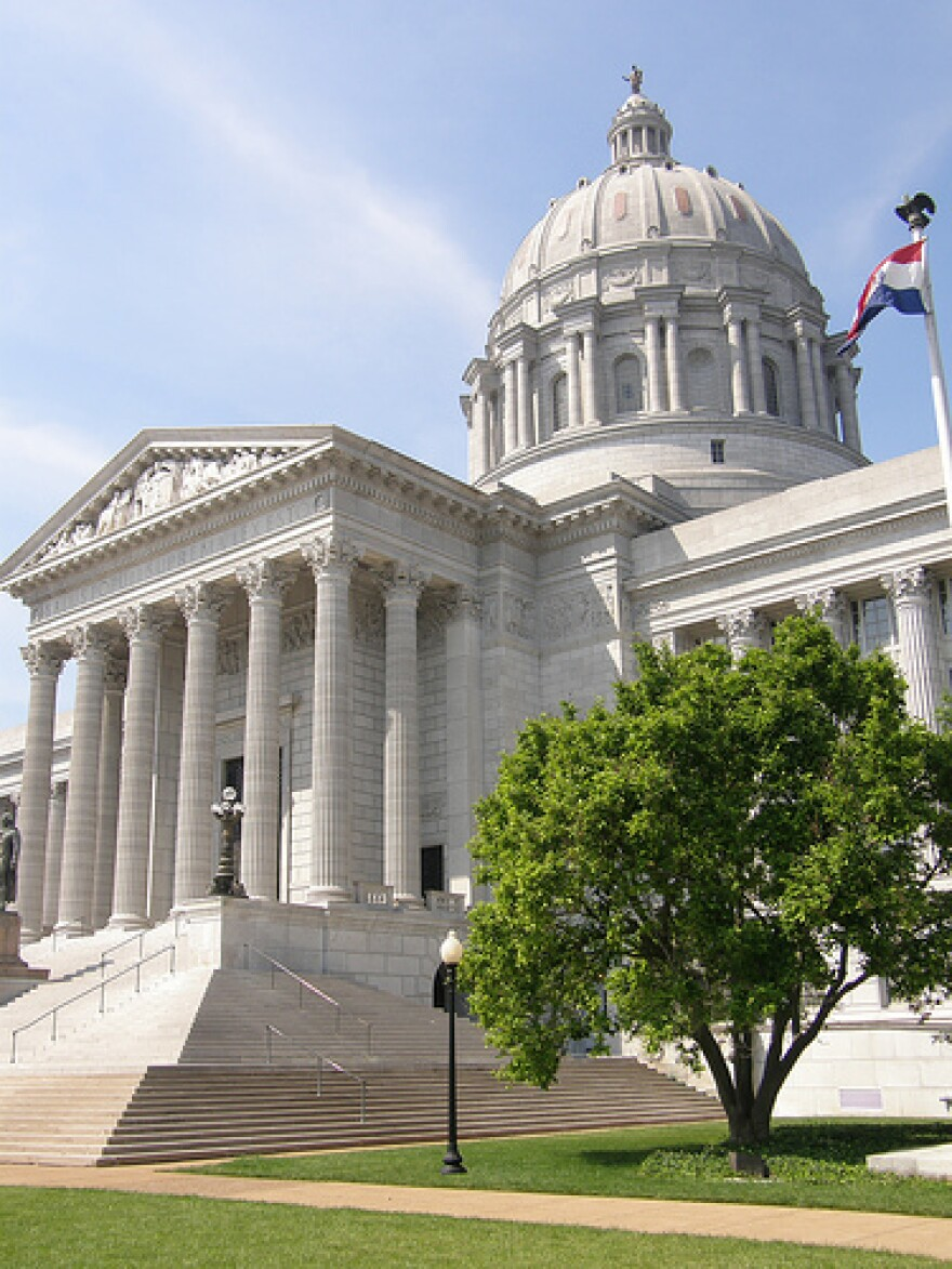 mo._state_capitol.jpg