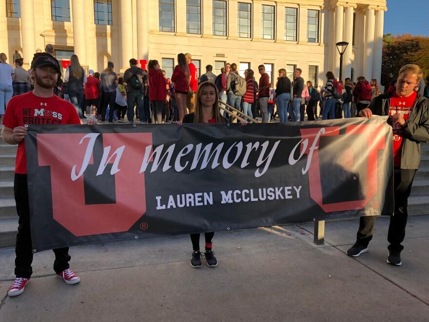 Photo of students at vigil.