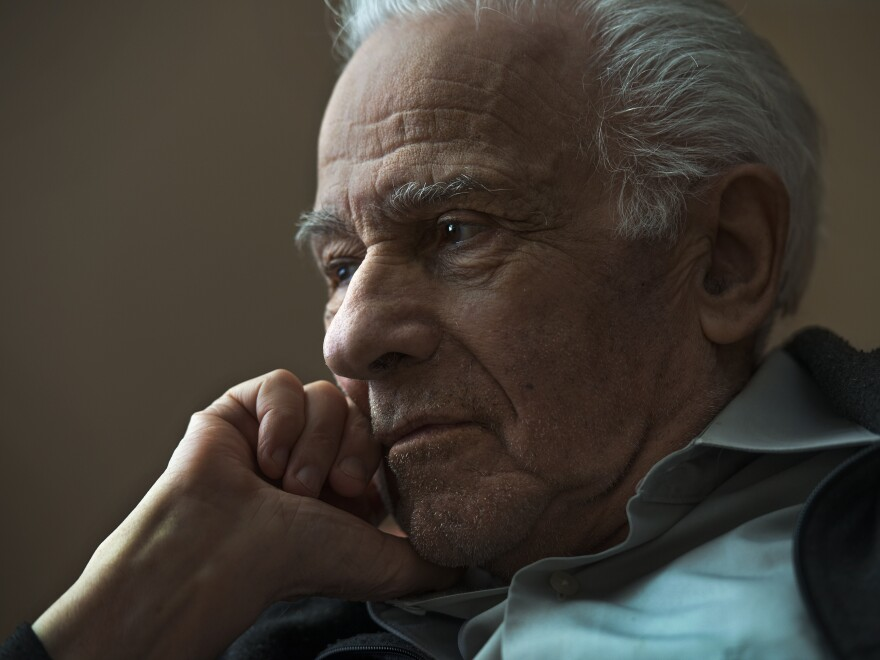 Holocaust survivor Leo Bretholz, photographed in 2014, sought reparations from French railway S.N.C.F.