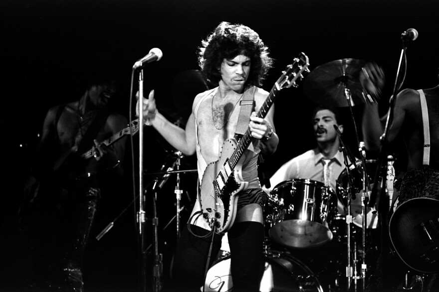 Prince performs in New York in 1981, on tour behind his third album, <em>Dirty Mind</em>.