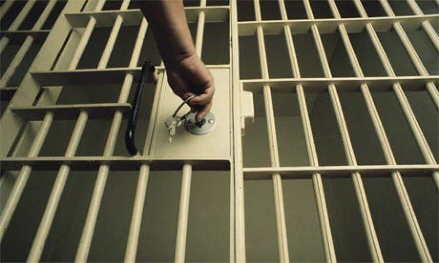 jailcelldoorkey.jpg
